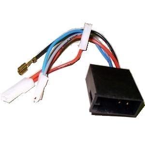 DIN-Radio auf Fahrzeug ISO Spannung