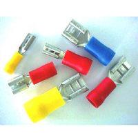 Flachsteckhülsen teilisoliert, 4,8mm, rot, Kabel bis...